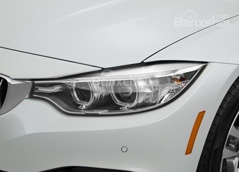 Đánh giá xe BMW 4-Series 2017: Đèn pha tích hợp LED.