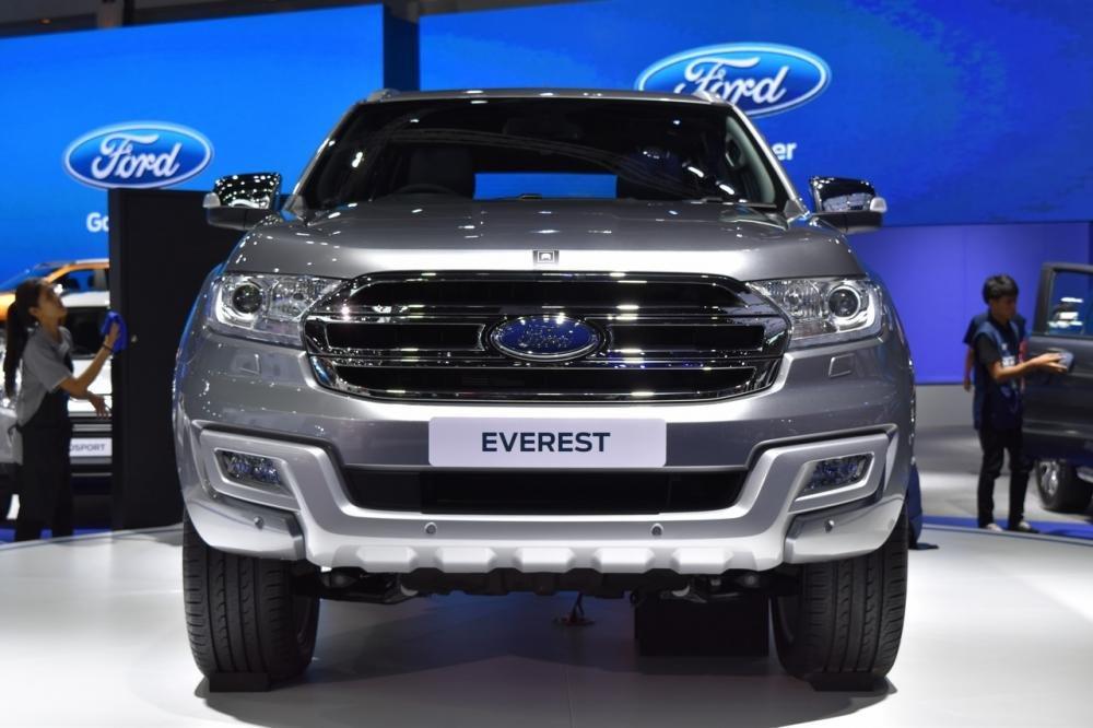 Ford Everest 2017 gia nhập thị trường Thái Lan với giá 914 triệu a1