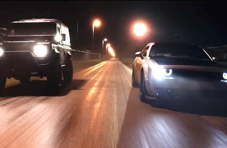 """Dàn xe khủng trong """"bom tấn"""" Fast & Furious 8 - ảnh 3"""