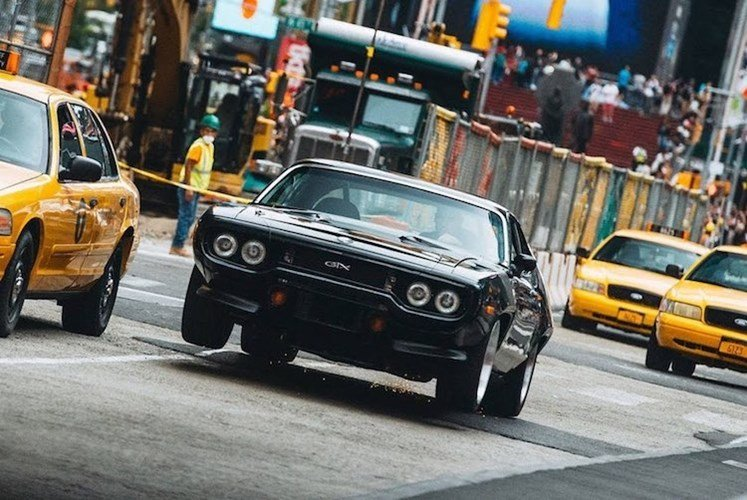"""Dàn xe khủng trong """"bom tấn"""" Fast & Furious 8 - ảnh 5"""