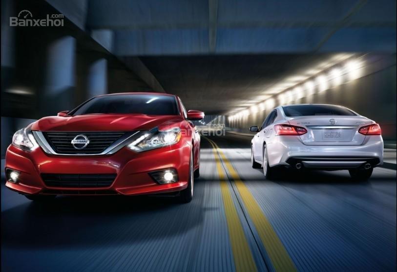Đánh giá xe Nissan Altima 2017: Phong cách độc đáo, khả năng tiết kiệm nhiên liệu tuyệt vời.