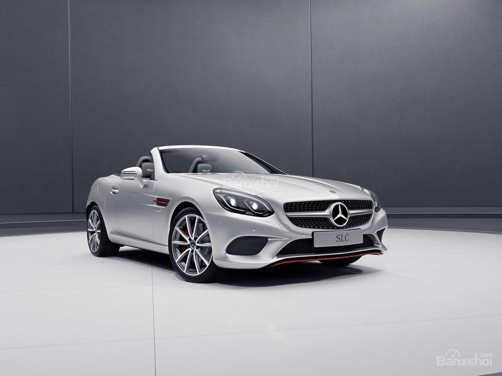 Mercedes SLC sẽ ngừng sản xuất