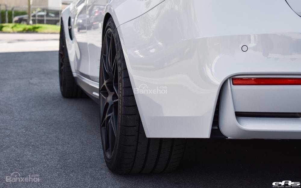 Chiêm ngưỡng BMW M3 ZCP màu trắng khoáng tuyệt đẹp a6