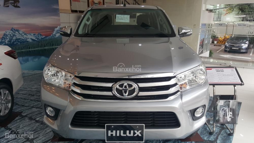 Bán Toyota Hilux 2.4E 2017 mạnh mẽ, tính tế, nhập khẩu nguyên chiếc từ Thái Lan-0