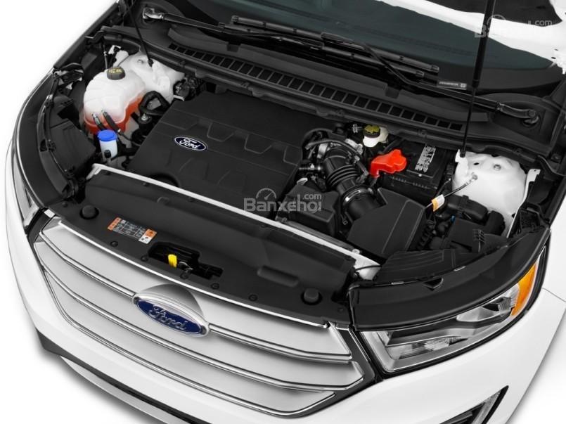 Đánh giá xe Ford Edge 2017: Xe có 3 lựa chọn động cơ.