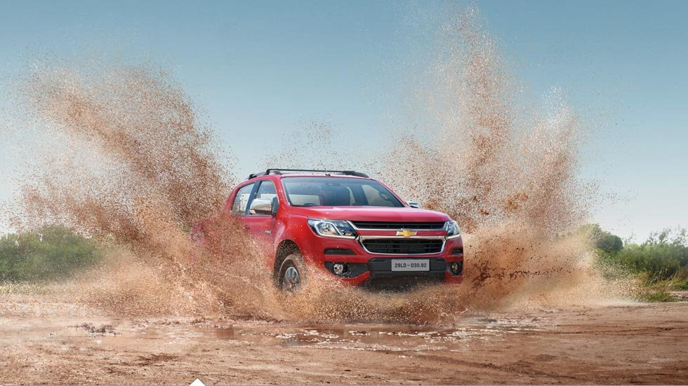 Chevrolet Colorado 2017 có  mức chịu ngập đến 800 mm.