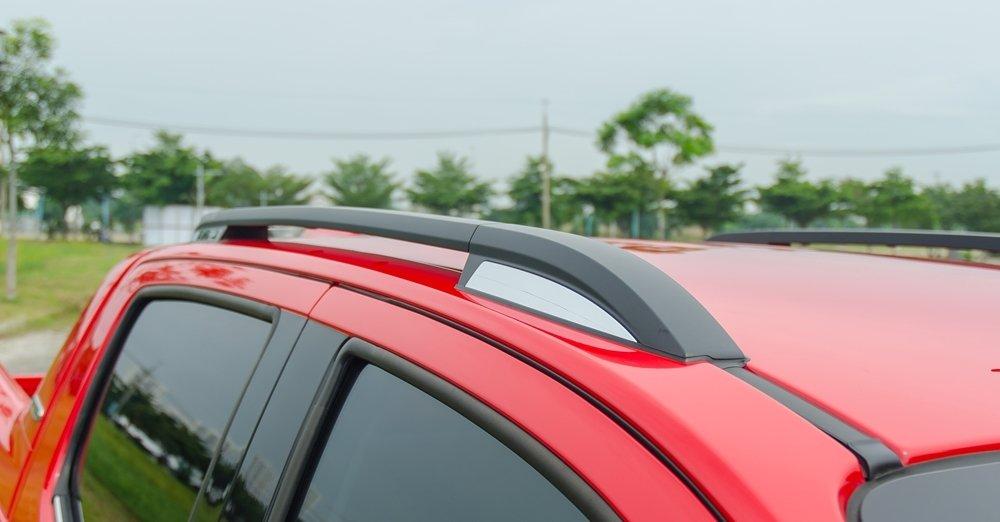 Đánh giá xe Chevrolet Colorado 2017: Thanh giá nóc.
