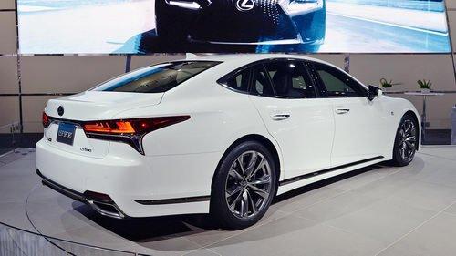 """Ngắm Lexus LS500 2018 trong bộ cánh F Sport cực """"ngầu"""" 2"""