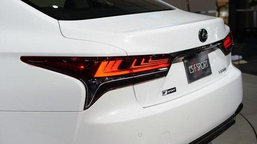 """Ngắm Lexus LS500 2018 trong bộ cánh F Sport cực """"ngầu"""" 4"""
