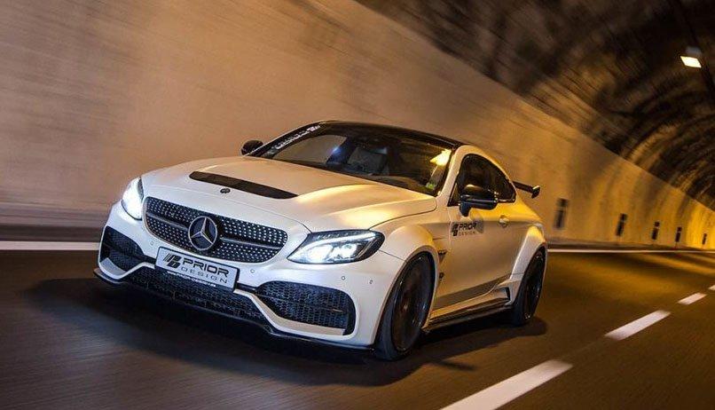 Mercedes-AMG C63 được Prior Design hóa thân hình to lớn.