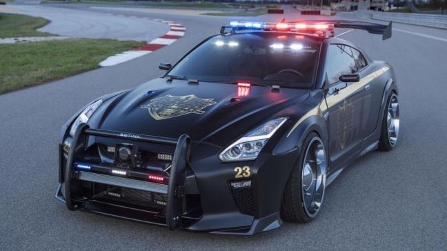 Nissan GT-R Police Pursuit #23.