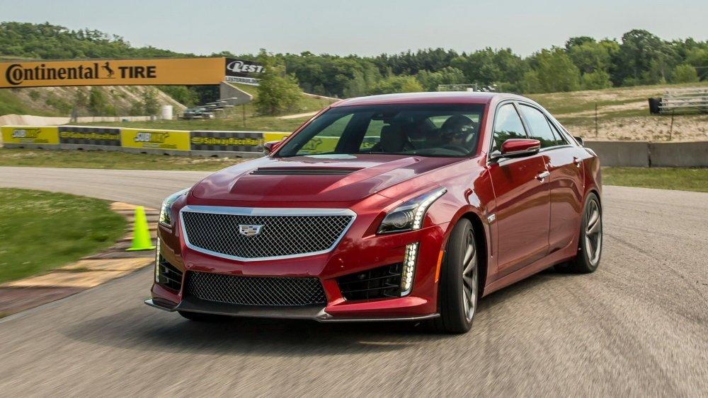 """Top 10 xe ô tô mạnh hơn 500 mã lực giá """"mềm"""" nhất hiện nay 8"""