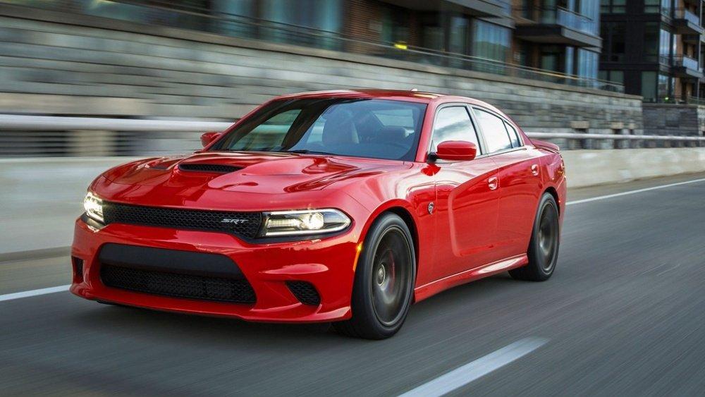 """Top 10 xe ô tô mạnh hơn 500 mã lực giá """"mềm"""" nhất hiện nay 3"""