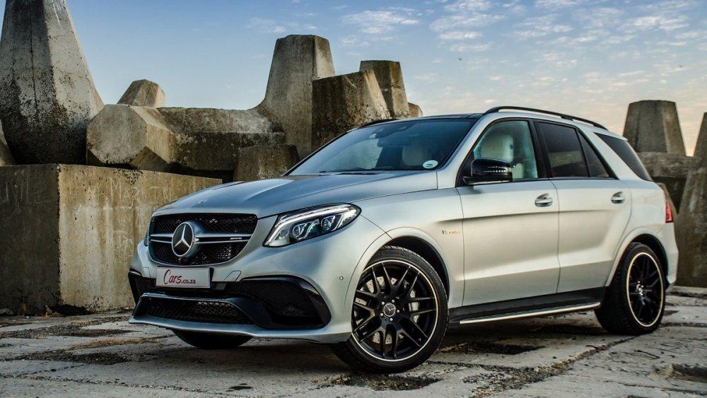 """Top 10 xe ô tô mạnh hơn 500 mã lực giá """"mềm"""" nhất hiện nay 10"""