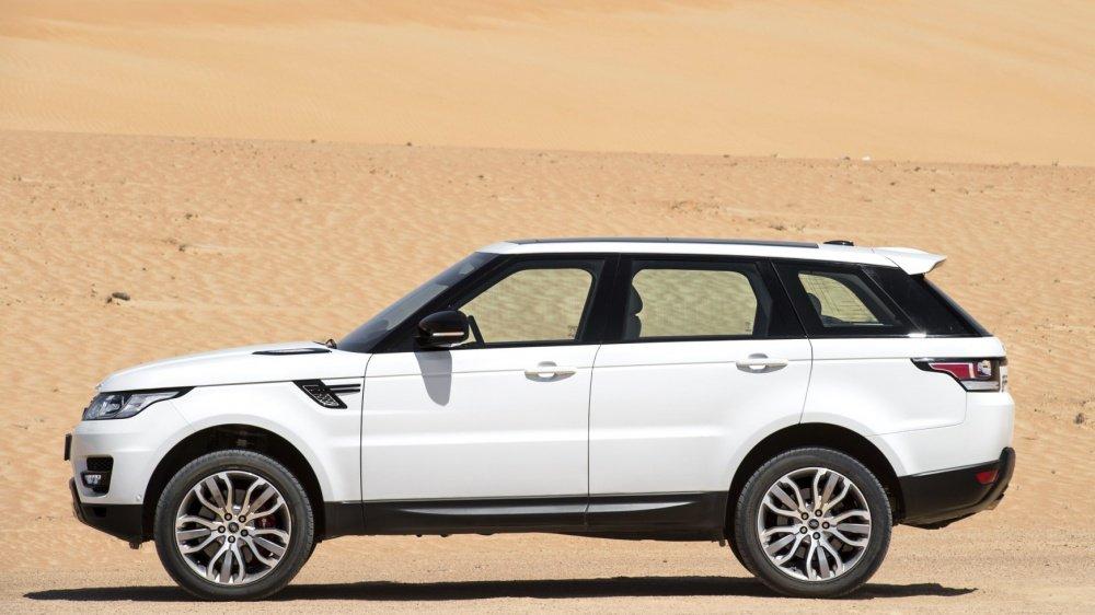 """Top 10 xe ô tô mạnh hơn 500 mã lực giá """"mềm"""" nhất hiện nay 7"""