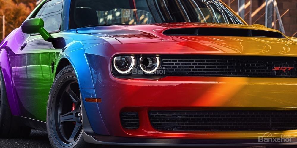 Chiêm ngưỡng Dodge Challenger SRT Demon bản mui trần thời thượng 2
