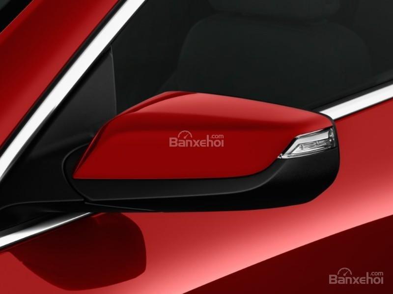 Đánh giá xe Chevrolet Malibu 2018: Gương chiếu hậu tích hợp đèn xi nhan.