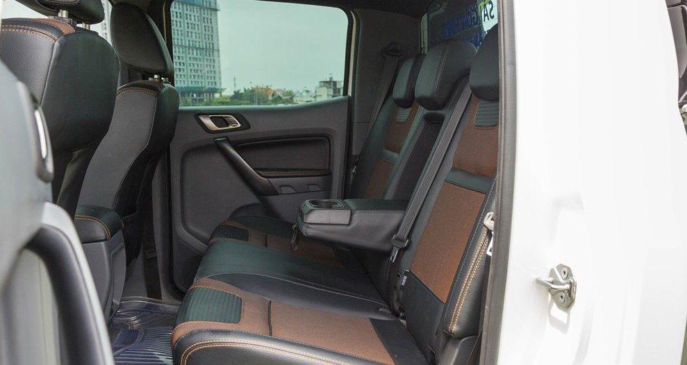 So sánh Chevrolet Colorado 2017 và Ford Ranger 2017 về thiết kế ghế ngồi 4