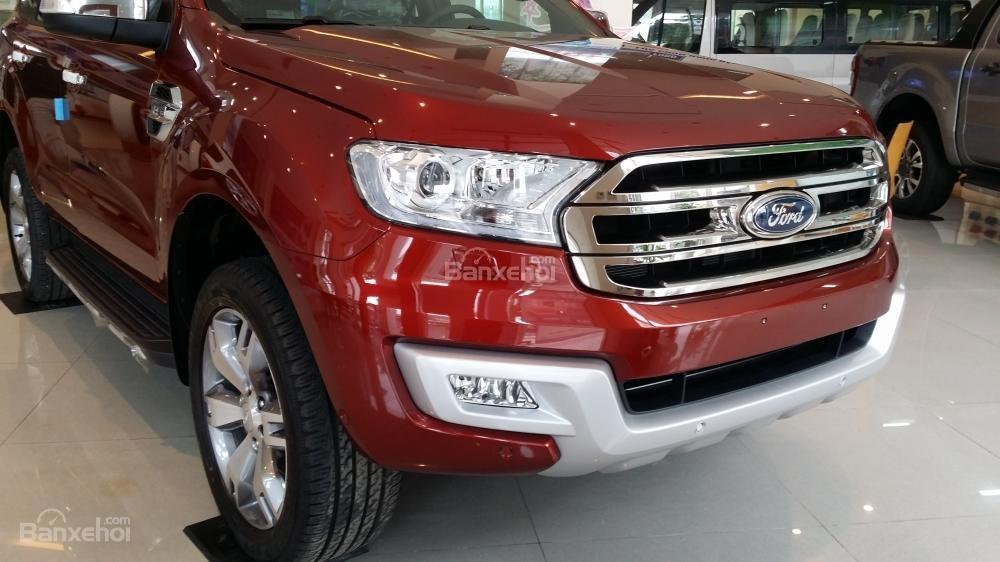 Bảng giá xe Ford Everest, tặng BHTV 61tr, phụ kiện, trả góp 85% LS thấp. Tel: 0919.263.586-2