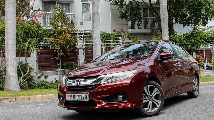 So sánh xe Honda City 2017 và Hyundai Accent 2017: Xe cho lái già và lái mới.