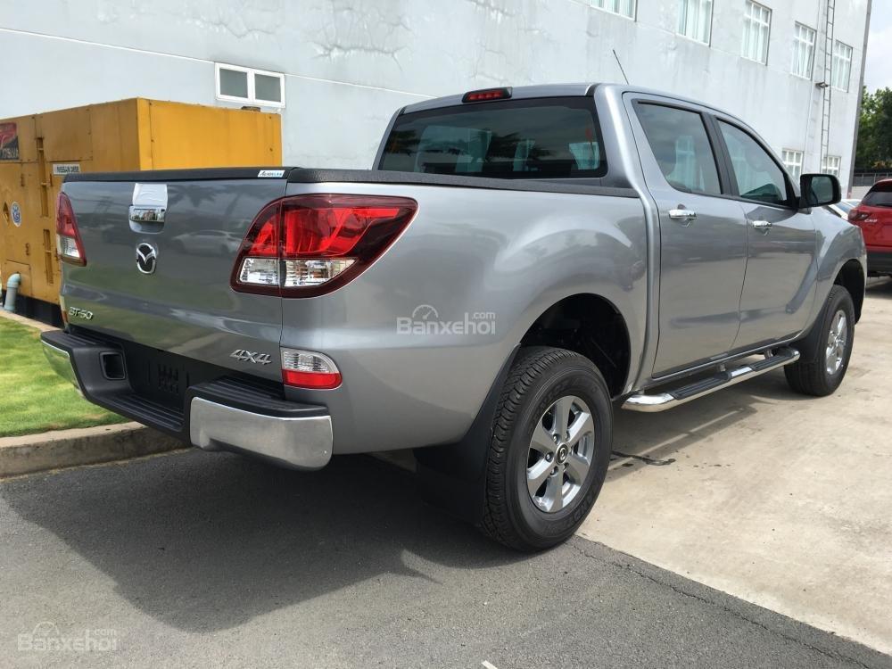 Bán xe Mazda BT 50 số sàn giá 680tr, chỉ cần đưa trước 200Tr là có xe tại Bình Dương (5)