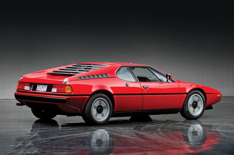 Khám phá 10 mẫu ô tô làm nên danh tiếng của BMW 1