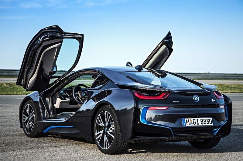 Khám phá 10 mẫu ô tô làm nên danh tiếng của BMW 5