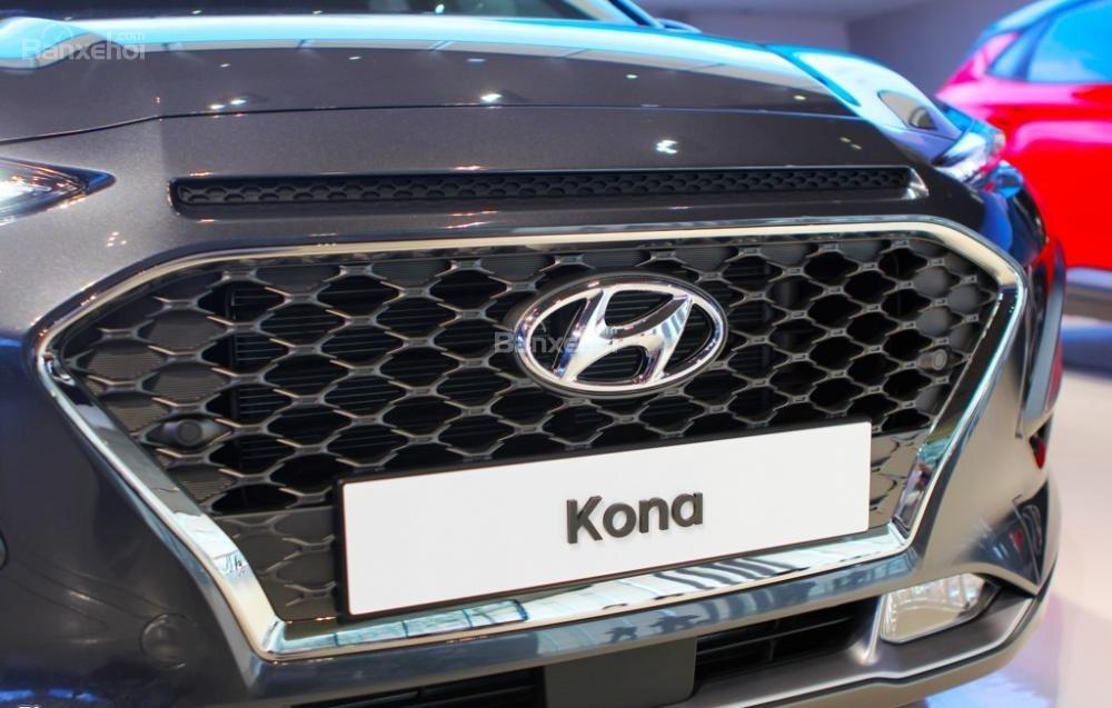 Đánh giá xe Hyundai Kona 2018: Lưới tản nhiệt.