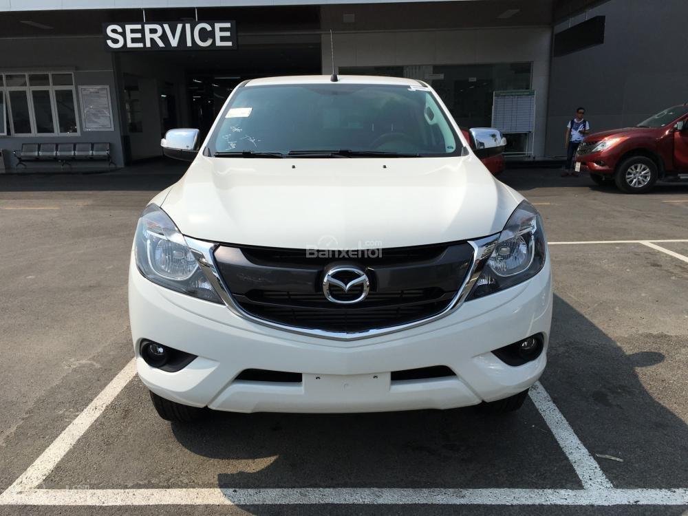 Bán xe Mazda BT 50 2.2, số sàn, nhập khẩu, mới 100%, giá cực tốt tại Bình Dương (2)