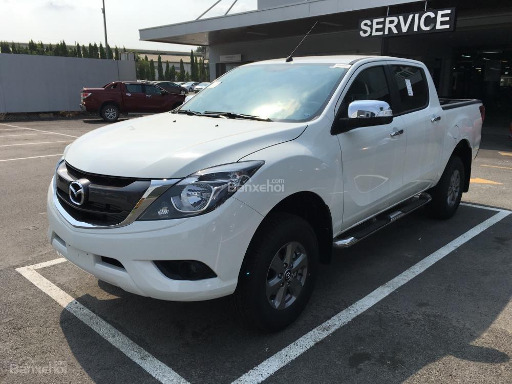 Bán xe Mazda BT 50 2.2, số sàn, nhập khẩu, mới 100%, giá cực tốt tại Bình Dương (1)