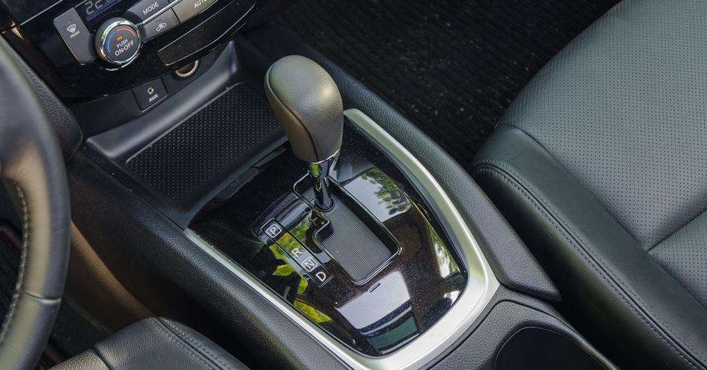 So sánh khả năng vận hành của xe Hyundai SantaFe 2017 và Nissan X-Trail 2017: Xe Nhật vẫn bền bỉ hơn 4