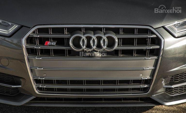 Đánh giá xe Audi S6 2017: Lưới tản nhiệt rộng.