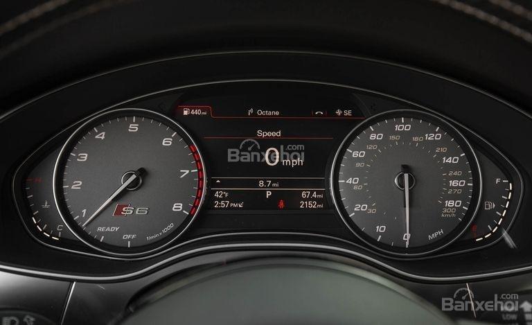 Đánh giá xe Audi S6 2017: Cụm đồng hồ trên xe.