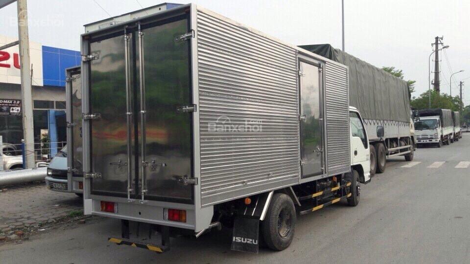 Bán xe tải Isuzu 2T4, 2T8 giá rẻ, KM thuế trước bạ hỗ trợ trả góp 75% giao xe ngay LH: 0968.089.522-6