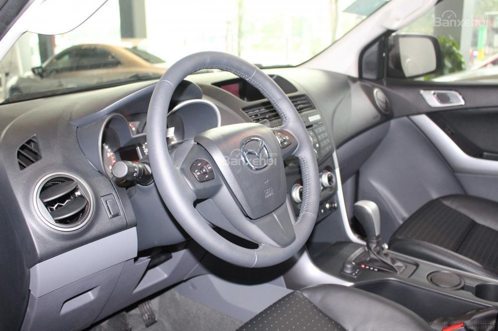 Mazda BT-50 FL đời 2018 ưu đãi lên đến 30tr, chỉ với 100tr hỗ trợ trả góp lên tới 90% giá trị xe, LH: 0939809143 (5)