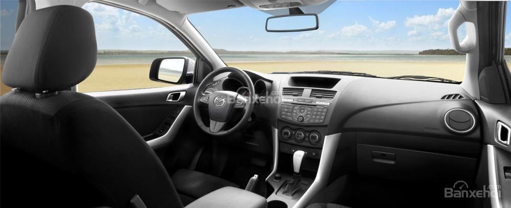 Mazda BT-50 FL đời 2018 ưu đãi lên đến 30tr, chỉ với 100tr hỗ trợ trả góp lên tới 90% giá trị xe, LH: 0939809143 (6)