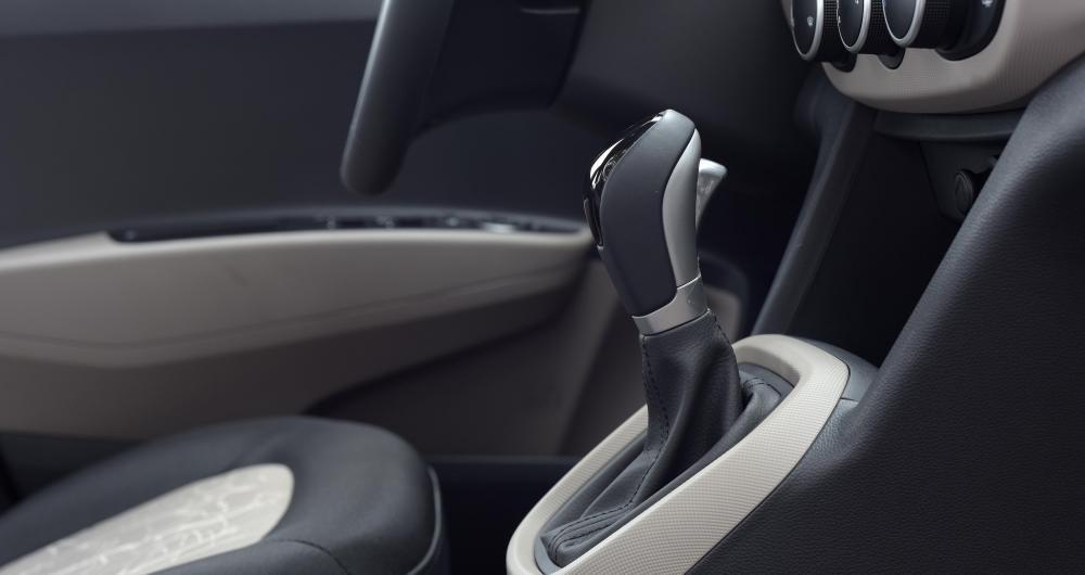 Hyundai Grand i10 2017 và Kia Morning 2017 sử dụng chung động cơ 1.25l Kappa và số tự động 4 cấp.