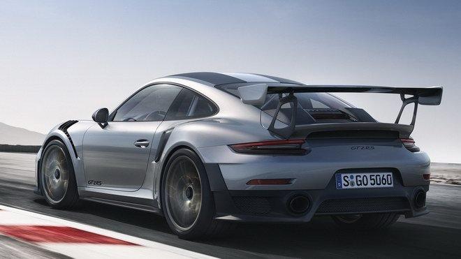 Porsche 911 GT2 RS 2018 911 GT2 RS 2018 có tốc độ tối đa 340 km/giờ 1