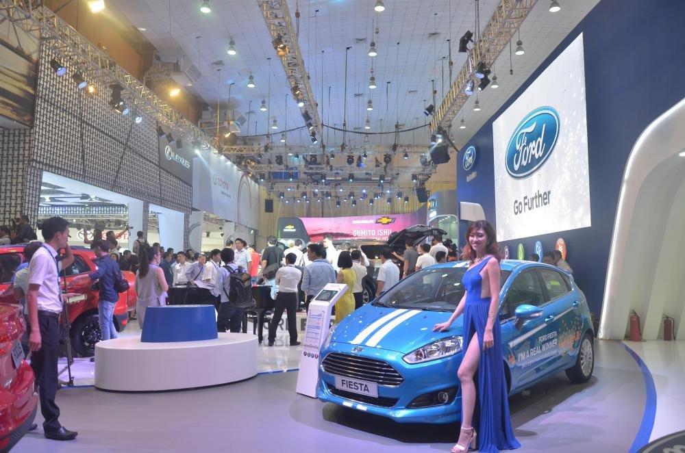 Nửa đầu năm 2017, thị trường xe hơi Việt Nam chứng kiến nhiều đợt giảm giá, khuyến mại lớn.