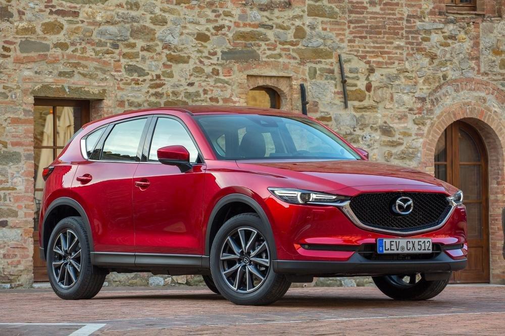 Đánh giá xe Mazda CX-5 2018: Gương xe tích hợp đèn xi-nhan a8