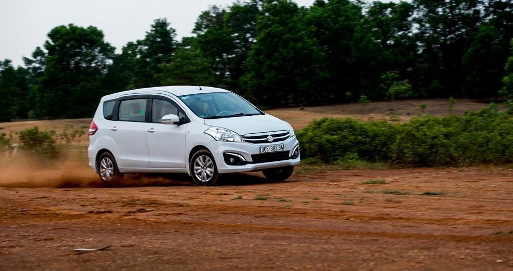 Đánh giá xe Suzuki Ertiga 2017: MPV cỡ nhỏ thực dụng, kinh tế hàng đầu tại Việt Nam.