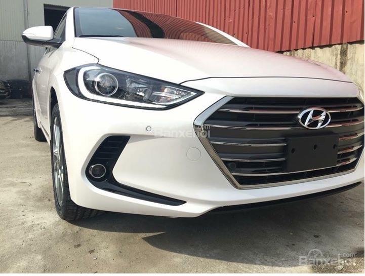 Hyundai Long Biên-Hyundai Elantra 2018, giá tốt nhất thị trường, KM lớn, hỗ trợ trả góp 90%, LS thấp: 0913311913-0