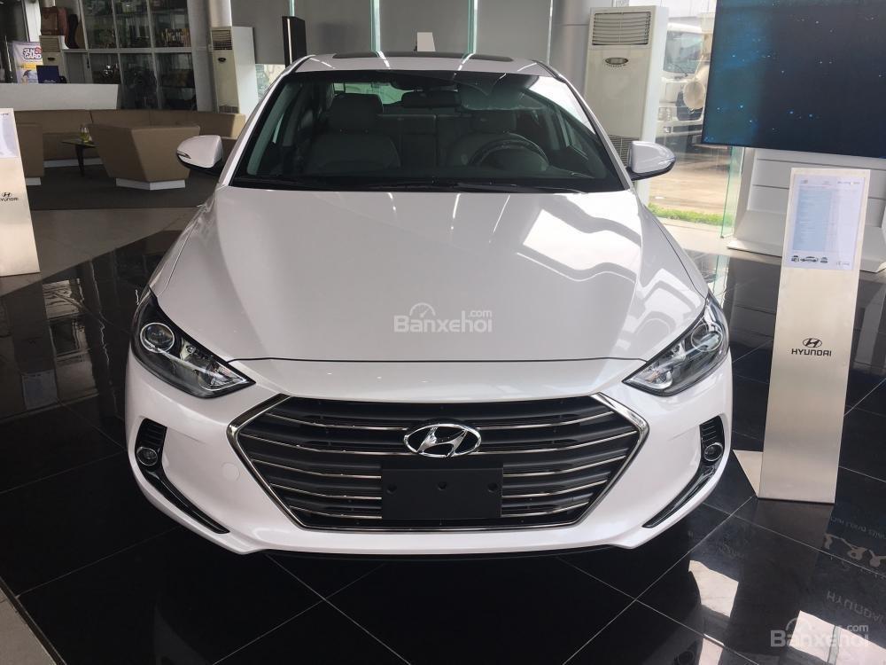 Hyundai Long Biên-Hyundai Elantra 2018, giá tốt nhất thị trường, KM lớn, hỗ trợ trả góp 90%, LS thấp: 0913311913-1