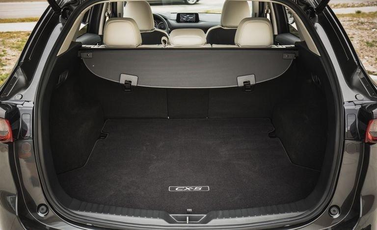 Đánh giá xe Mazda CX-5 2018: Khoang hành lý rộng rãi 126r