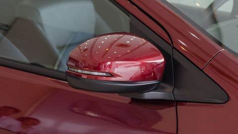 Đánh giá xe Honda City 2017-2018: Đèn xi-nhan được tích hợp ở gương a9