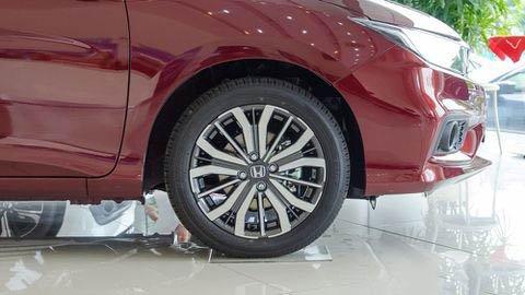 Đánh giá xe Honda City 2017-2018: La-zăng 16 inch được coi là đơn điệu a8