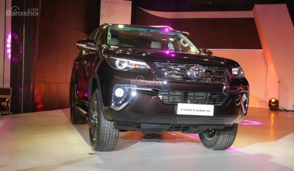 Tháng 7/2017: SUV Toyota Fortuner lập kỷ lục doanh số 3.400 xe bán ra tại Ấn Độ.