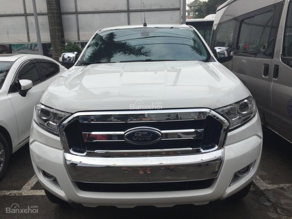 Ford Hà Giang bán xe Ford Ranger 2 cầu, số sàn, trả góp tại Hà Giang, thủ tục nhanh gọn (2)