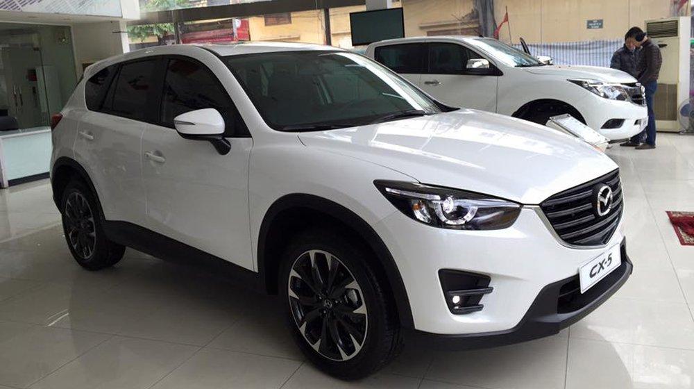 Top 10 xe ô tô ăn khách nhất thị trường Việt tháng 7/2017 a8