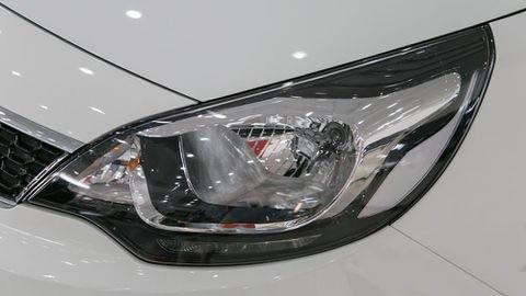 Đánh giá xe Kia Rio 2017: Đèn pha ở bản sedan hầm hố hơn a7